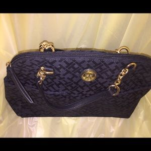 Tommy Hilfiger Signature Jacquard Chained Satchel